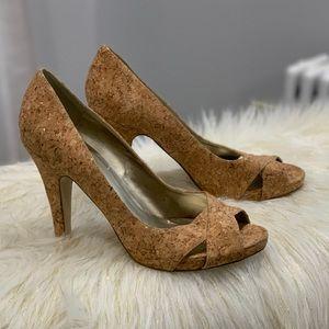 Nine West Jacero corkscrew peeptoe shoes size 9M